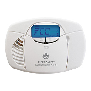 Battery Operated Carbon Monoxide Alarm with Backlit Digital Display, CO410