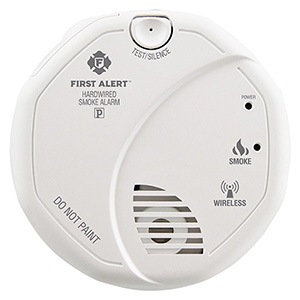 First Alert Wireless Interconnect Hardwired Smoke Alarm
